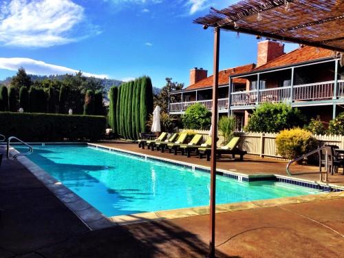 Vintage Inn pool