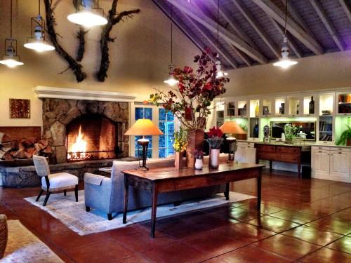 Cozy Meadowood lobby