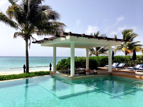 Banyan Tree beachfront pool