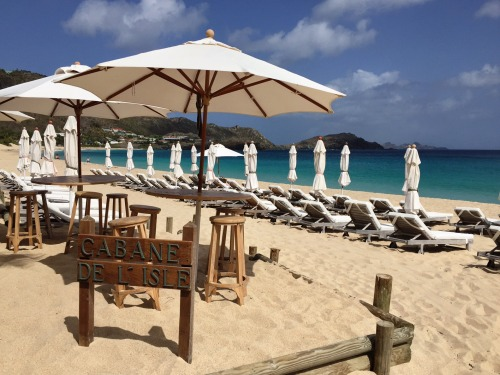 Enjoy lunch with these views of Flamands Beach at Cheval Blanc's Cabane de L'Isle