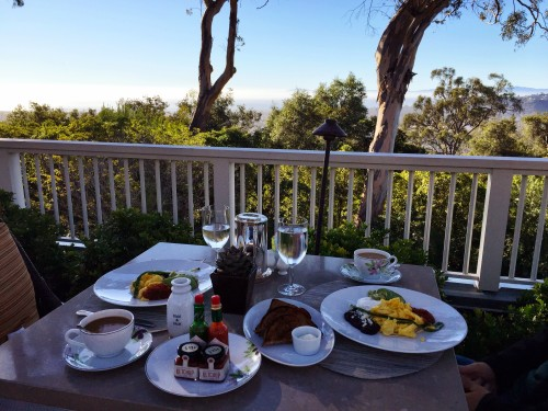 Breakfast with a view at Belmond El Encanto!