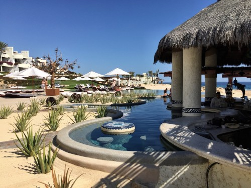 Las Ventanas swim-up bar