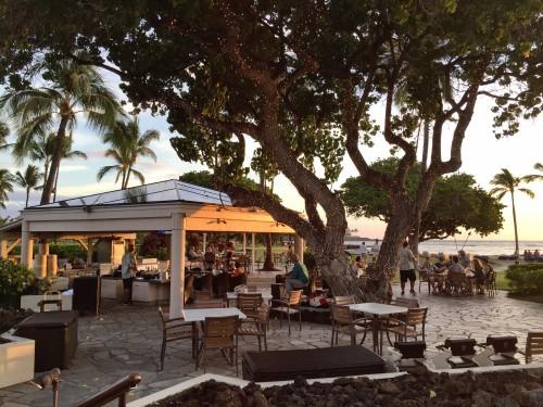 Mauna Lani Bay Hotel & Bungalows- Ocean Bar & Grill at dusk