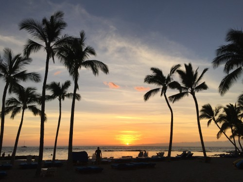 Mauna Lani Bay Hotel & Bungalows- sunset at the Ocean Bar & Grill