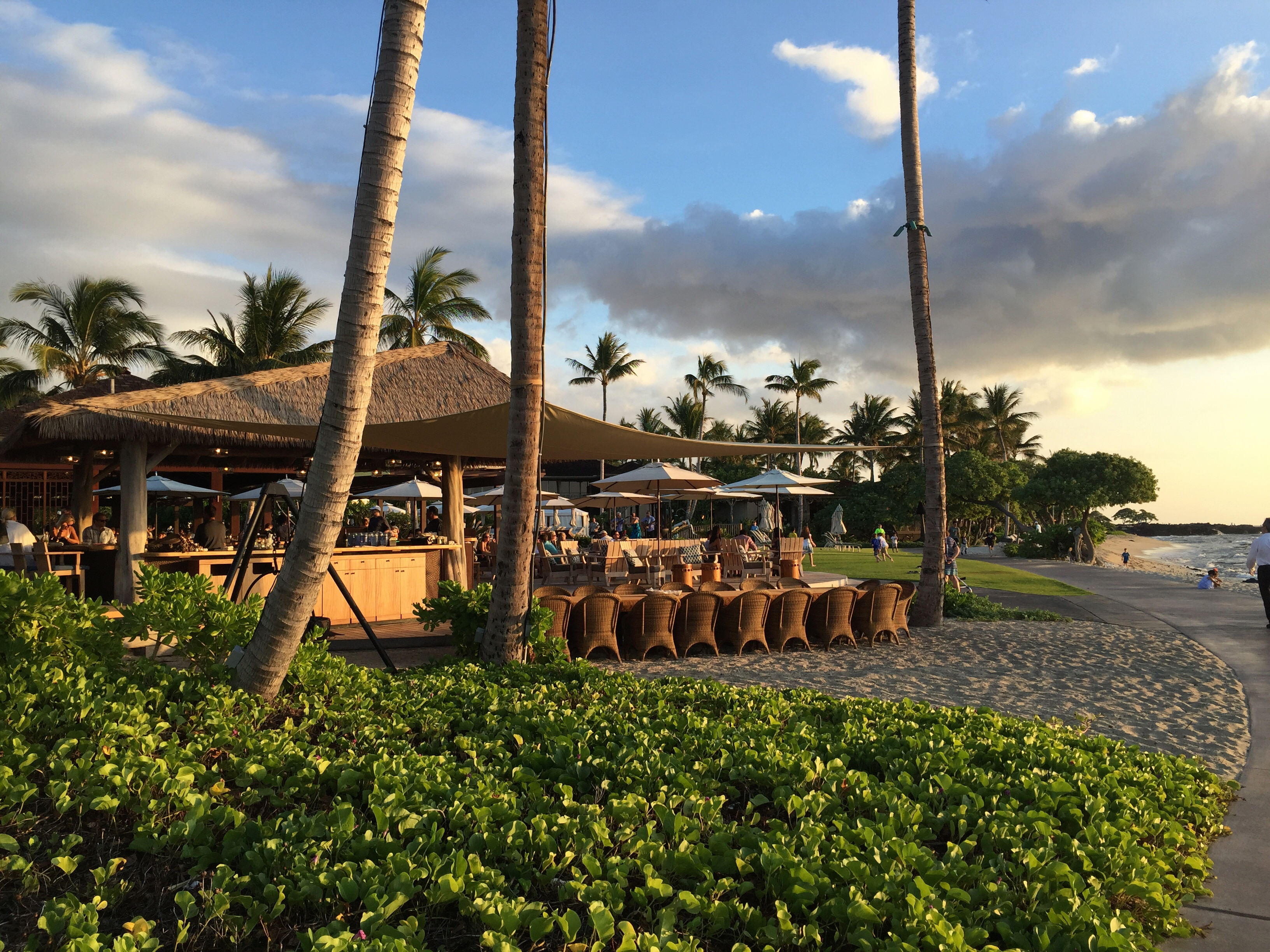 Four Seasons Hualalai Beach Tree Restaurant At Sunset