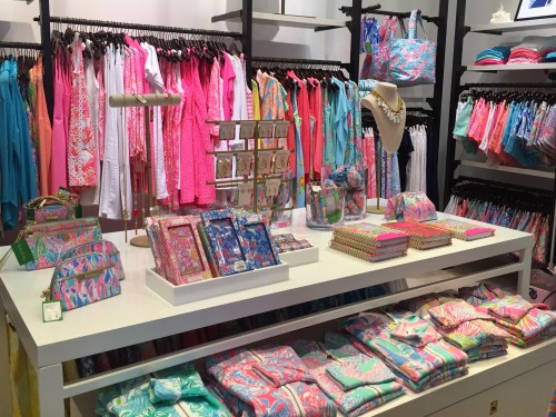 On property Lilly Pulitzer boutique- my clients can use their $100 resort credit here!