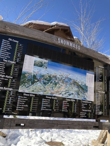 Snowmass mountain.. over 3,000 skiable acres!